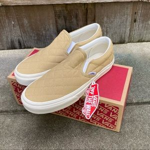 ✨NWT✨ Vans x Madewell Classic Slip-On Sneakers 8.5